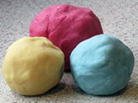 Doh! Never buy Play-Doh again - an easy playdough recipe