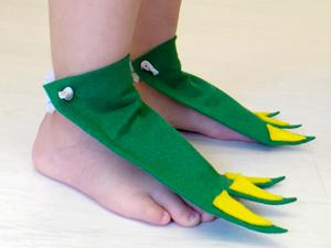 Sqooll.com Dinosaur feet