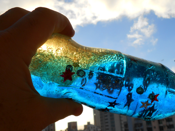 Play with your wave bottle craft for hours